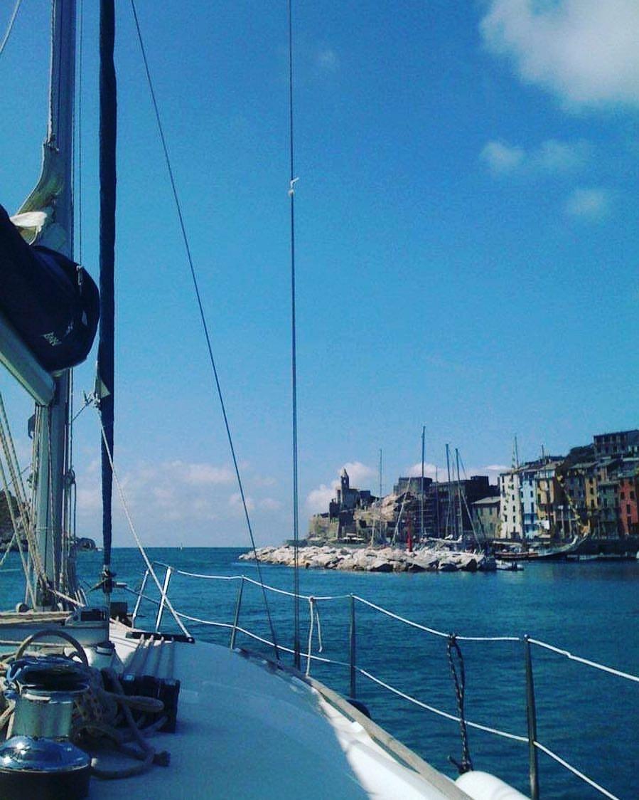 Barca a vela a Porto Venere, La Spezia