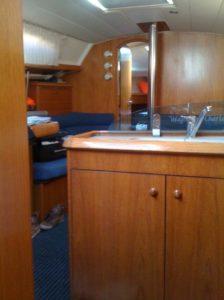 barca a vela interno