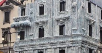 Milano, Il mistero del Palazzo Ghiacciato